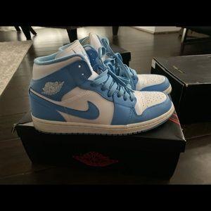 Carolina blue 1's air Jordan
